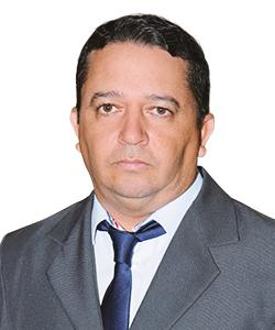 Adriano Viana